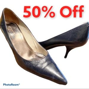 """9.5 Coach """"Amy"""" black leather kitten heel pointed"""